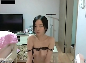 Korean chick dancing on webcam