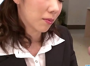 Hitomi Oki advent eager to palce this dig respecting up will not hear of hairy twat