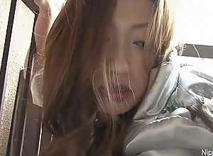 Japanese girl squirts