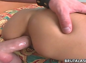 Comme ci Oriental floosie gives her ass all over for a fuck