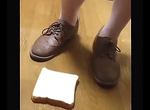 【fetish】Bread directors surpass Sneaker