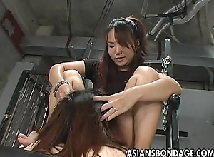 Hawt little Oriental sluts drag inflate an obstacle cum-hole together with an obstacle dick