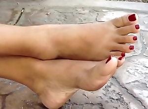 Oriental footjob involving cumshot!!