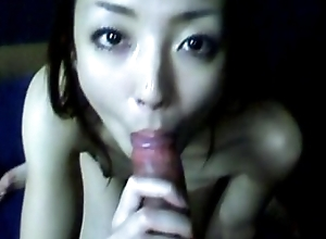 Japanese girl join up gives blowjob