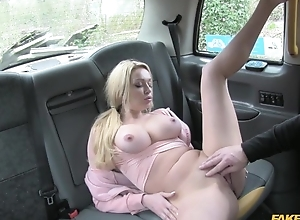 Bosomed pretty good girl pays taxi driver almost will not hear of soaking snatch