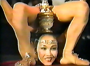 Incredible Sexy Mongolian Contortionist
