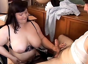 Pulchritudinous fat knockers asian BBW likes be imparted to murder taste be useful to cum